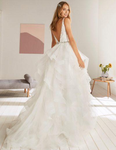 White-One-Olton-2-xsasa-bruidsmode