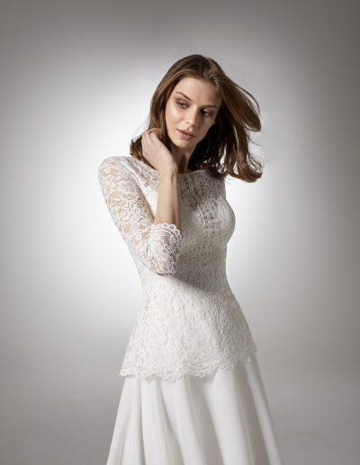 Jazz-by-Modeca-Cibelle-Carly-Calla-closeup-1-xsasa-bruidsmode