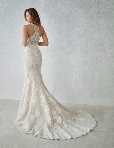 White-One-Familia-2-xsasa-bruidsmode