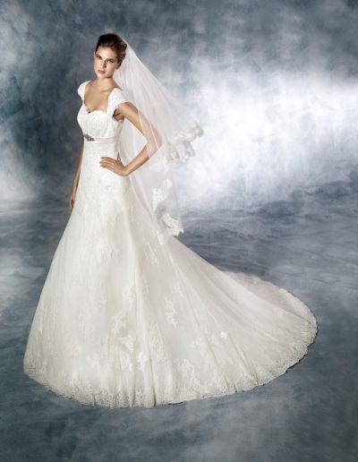 White-One-Jaleb-1-xsasa-bruidsmode