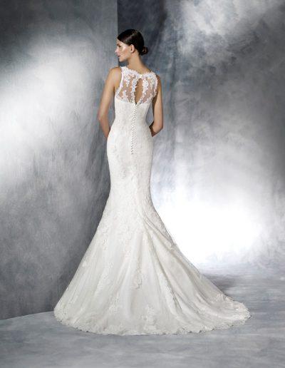 White-One-Jorgina-2-xsasa-bruidsmode