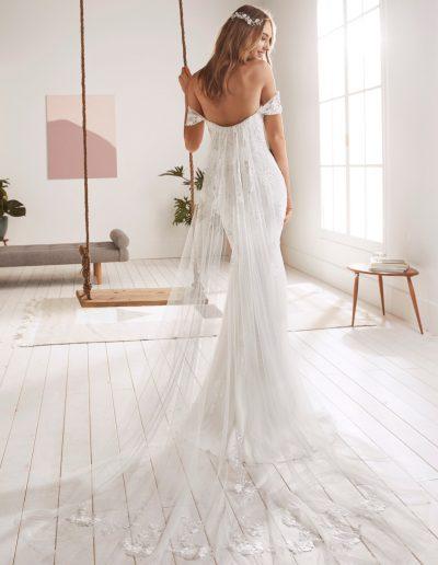 White-One-Olvera-2-xsasa-bruidsmode
