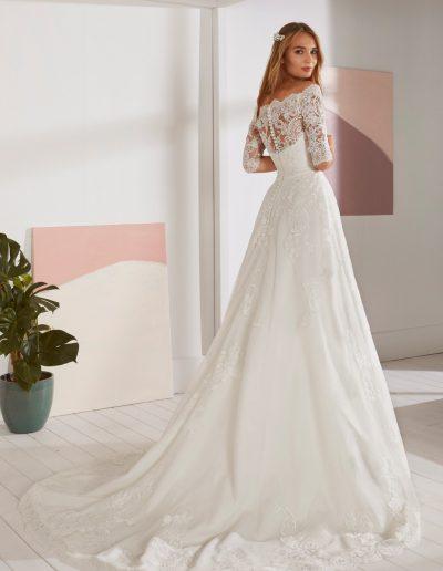 White-One-Ossa-2-xsasa-bruidsmode