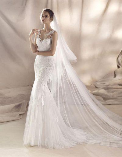 White-One-Siena-1-xsasa-bruidsmode